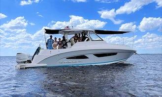 35' Regal Luxury Day Yacht Rental in St. Cloud, Florida