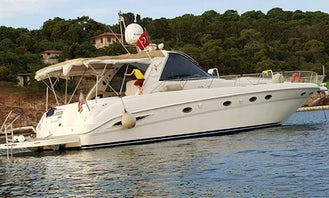 Powerboat in Kusadasi for daily, short weekly cruises for couples, small groups