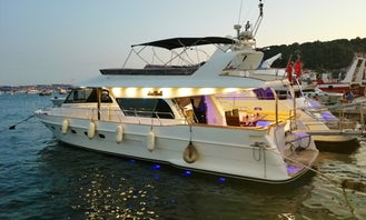 Impressive Luxury Yacht Charter For 15 People In İstanbul