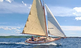 28' Classic Sloop in Rockland, Maine