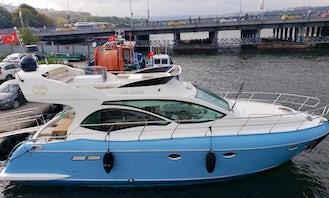 Luxury 39' Motor Yacht Charter in İstanbul