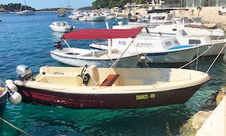 Adria 20hp Small Boat for Rent in Hvar Town - Free fuel