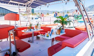 Quer 40 Private Boat For 12 People