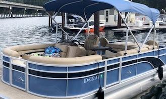 2018 Bennington 20' Pontoon Boat