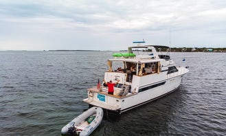 Californian Motor Yacht Charters in Islamorada