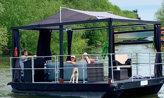 Jacruzzi - hot tub boat, great for unique parties, cruise in style along the Thames near Chertsey