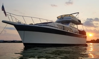 Legendary Chris Craft 41' Commander Yacht
