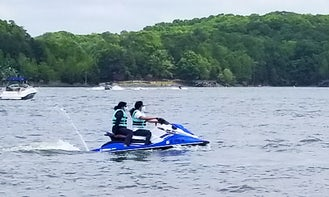 Rent this Yamaha EX Deluxe Waverunner for Lake Wylie, SC