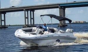 2019 Hurricane 21ft Powerboat in Jupiter, Florida