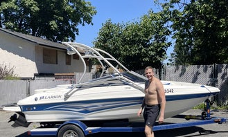 Larson 18' Bowrider Wakeboard Boat in Surrey or local lakes