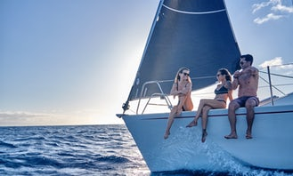Sailing and Snorkeling Adventures in Lahaina, Hawaii on 36 Foot Lidgard Monohull