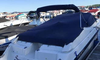 28 Foot Open Bow Regal Boat for Charter on The Great Sacandaga Lake in Mayfield, N.Y