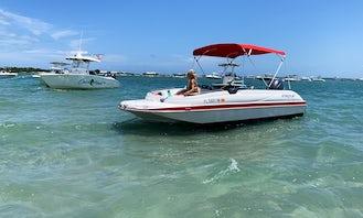 Sebastian, FL - Starcraft Deckboat with Water Skis