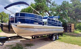 22' South Bay Rental in Canyon Lake, TX