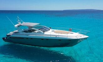 Motor Yacht in Maó