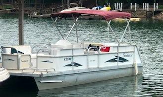 1997 Sundancer 24ft Pontoon w/90hp motor rental on Lake Norman