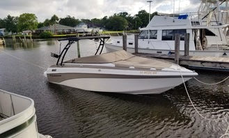 Fun in the sun and sunset cruises on the St. John's River aboard a 25ft Bow rider!