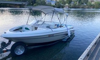 8 Passenger Bowrider for rent on Lake Chelan