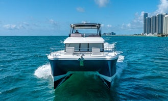 50' Fountaine Yacht in Fort Lauderdale