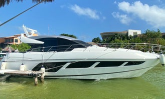 Charter the 58' Luxury Sunseeker Magic-Yacht in Cancún, Quintana Roo