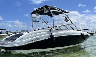 Yamaha AR210 Twin Engine Bowrider in Miami
