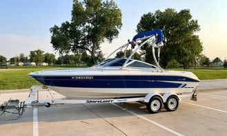1995 Searay Bowrider 200, 21 ft Ski Boat, with; Wake Board Tower, Bimini Top, Premium Sound System, LED Lights, Performance 350 Engine with High 5 Stainless Steel Propeller!