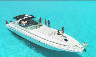 55 ft Sea Ray Power Yacht Charter in Cancún, Quintana Roo