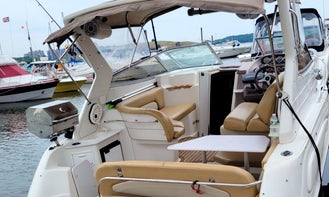 Motor Yacht for Daily Charter in New York