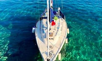 Charter Comfort 30 Cruising Monohull in Tivat, Montenegro