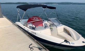 Inboard Bayliner Bowrider for Rent on Lake Jocassee
