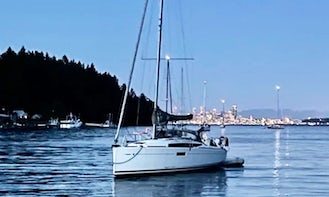 Jeanneau Sun Odyssey 349 Sailing plus lunch in a secluded harbor