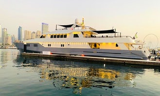 Luxury Diamond Pearl Mega Yacht 150 FT Dubai, United Arab Emirates