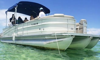 (Monday-Friday SPECIAL: 20% off) 27ft Luxury Berkshire Tritoon Boat. Party, Hang Out At The Sandbar, Or Cruise Around The Intercostal in Miami!!