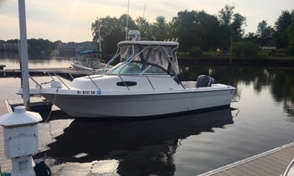 Wellcraft 22 Walk Around for Fishing or Pleasure Cruise in New Jersey