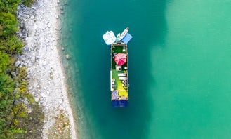 2 Bedroom 2 Bathroom Skipperliner Airstream Houseboat-Yacht at Cypress Creek Arm in a scenic cove next to zipline