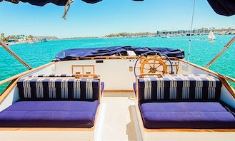 Marine Trader Trawler 40ft Dolphin Cruise and Sightseeing in Marina del Rey