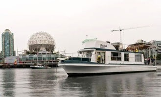 Unique Afloat Experience on a Houseboat - Downtown