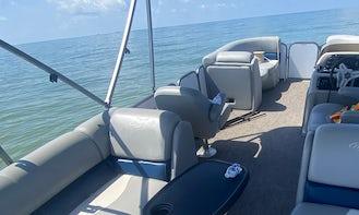 2020 Manitou Aurora 200 HP Tritoon Boat in Cape Coral