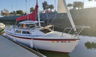 25' Sail Boat - Enjoy Sailing San Diego
