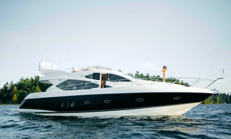 British-made Yacht 65 foot Sunseeker Manhattan | Book for Events, Games and More.