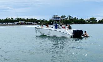 27' Boston Whaler Outrage Charter in Miami