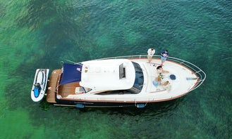 Luxury Italian Yacht Austin Parker 45' for Your Dream Getaway!!